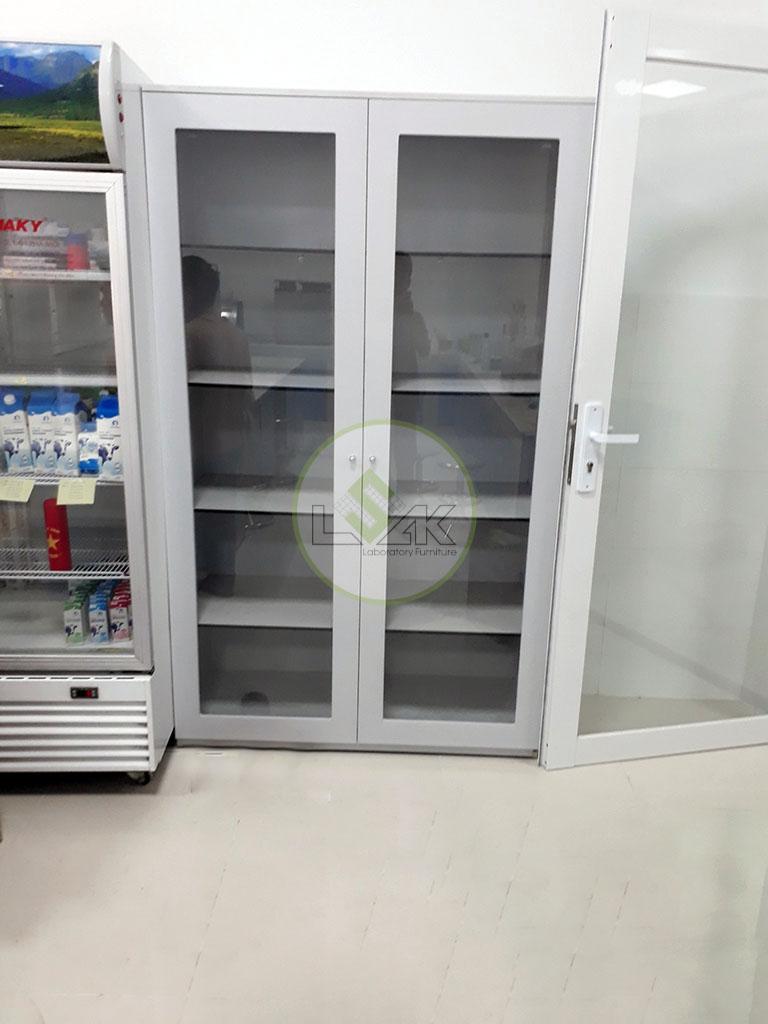 Tủ đựng hóa chất cửa kính cường lực lắp đặt tại Nhà máy sữa Bò Tươi Long Thành Lothamilk