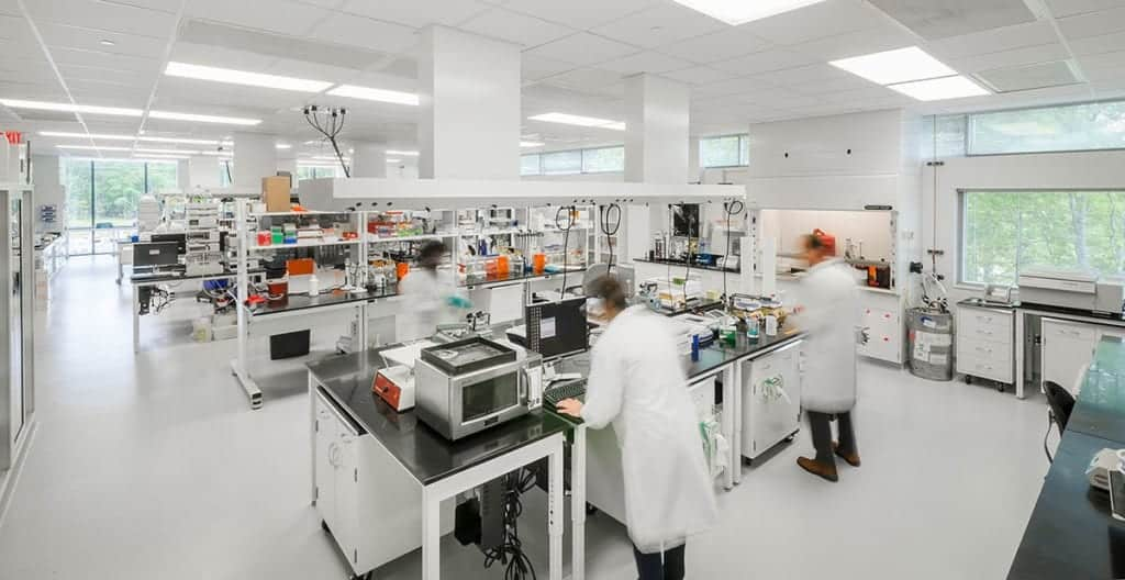 10 lời khuyên hàng đầu cho thiết kế phòng thí nghiệm thành công