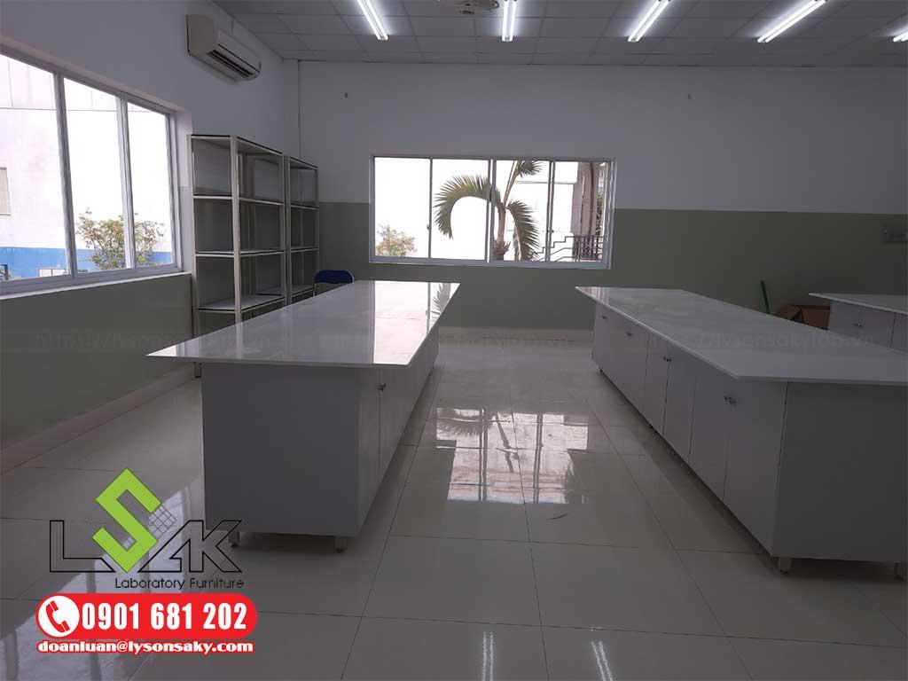 nội thất phòng thí nghiệm Khoa Y Trường Đại Học Hồng Bàng