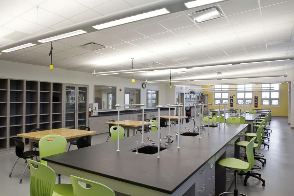 Phòng thí nghiệm STEM