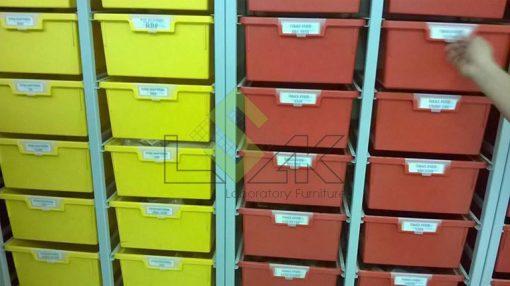 Kệ lưu mẫu dạng hộp