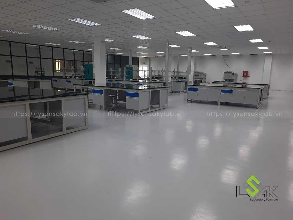 nội thất phòng nghiên cứu phát triển sản phẩm Công ty Coronet