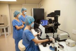 Thụ tinh trong ống nghiệm tại Bệnh viện Đa khoa Quốc tế Vinmec được thực hiện bằng nhiều máy móc hiện đại