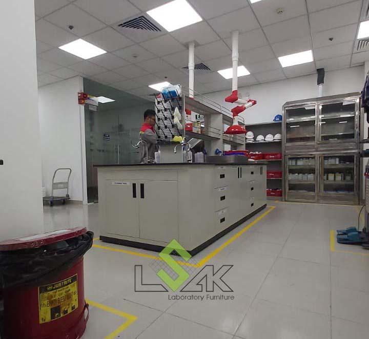 tủ lưu mẫu hóa chất bằng thép không gỉ