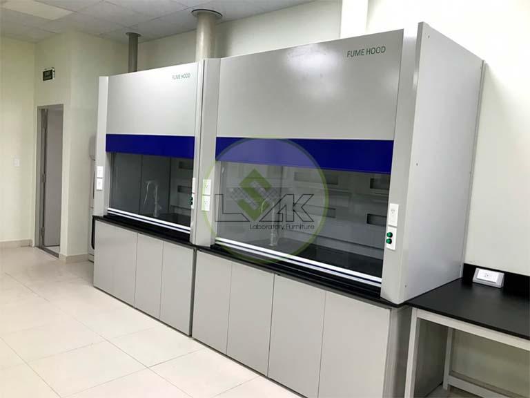 Tủ hút khí độc phòng thí nghiệm nhà máy sản xuất dầu nhớt Công ty Maxihub