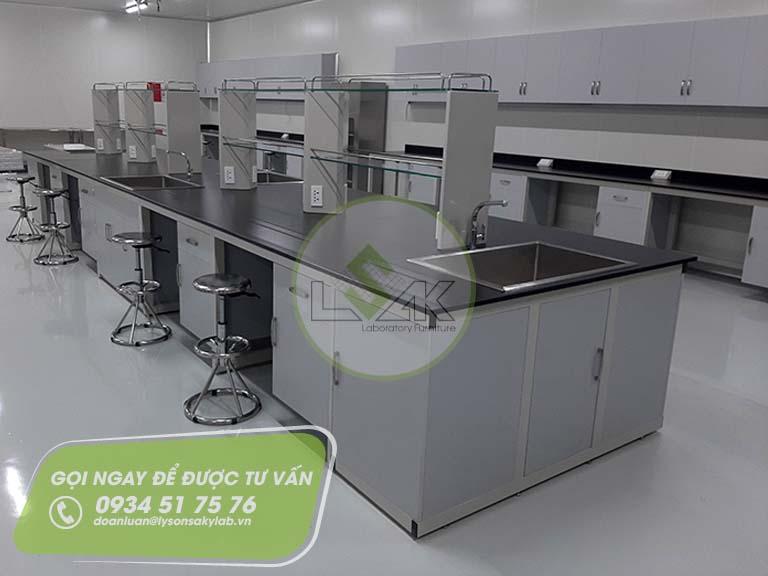 Phòng lab trang trại bò sữa công nghệ cao Vinamilk