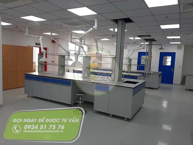 Phòng thí nghiệm QC nhà máy sản xuất sơn Công ty AkzoNobel
