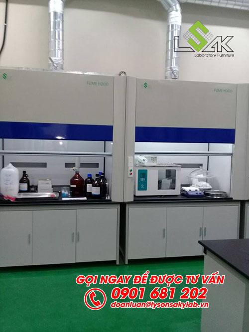 Tủ hút khí độc phòng lab phòng QC nhà máy Kolon Industries Việt Nam