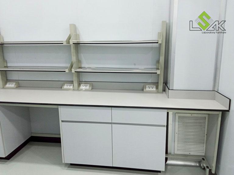 Thi công nội thất phòng lab R&D mỹ phẩm Ifree Beauty