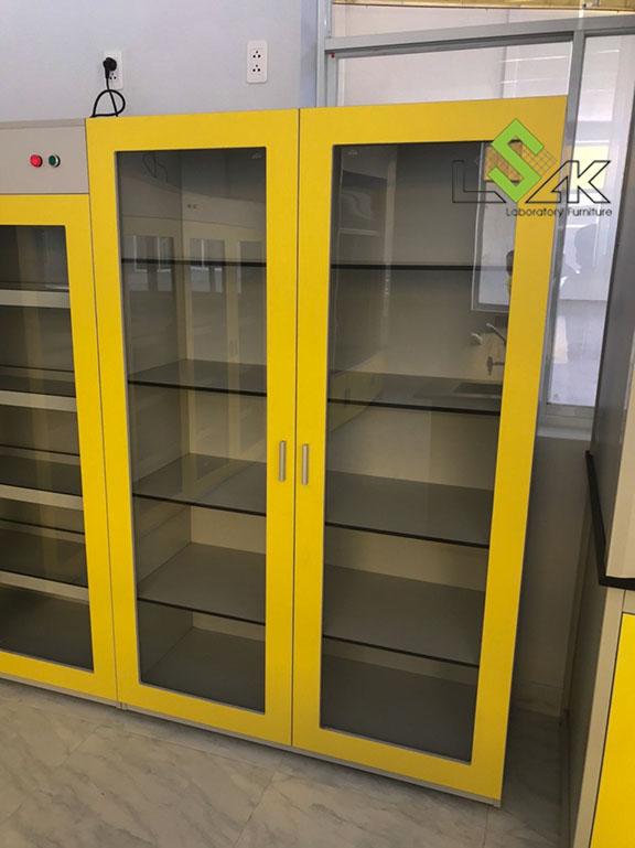 Tủ đựng dụng cụ phòng thí nghiệm nhà máy sản xuất keo dán Công ty Techbond MFG (Việt Nam)