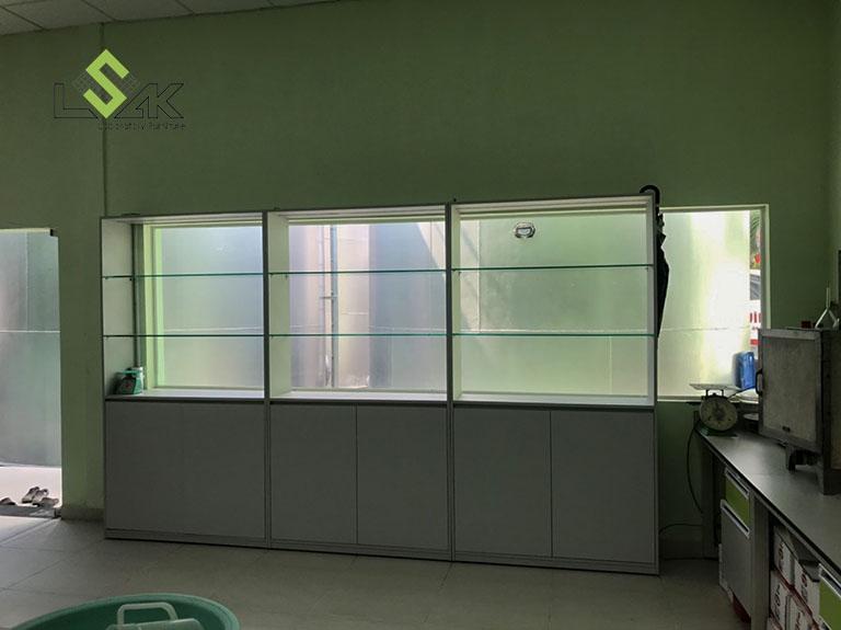 Tủ trưng bày mẫu nội thất phòng lab Công Ty Cổ Phần Dầu Thực Vật Tân Bình