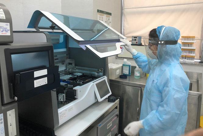 Máy tách chiết tự động RT-PCR